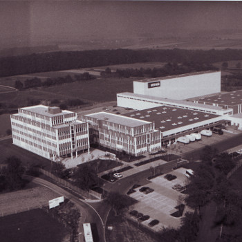 Construction of the new company headquarters in Künzelsau-Garnberg